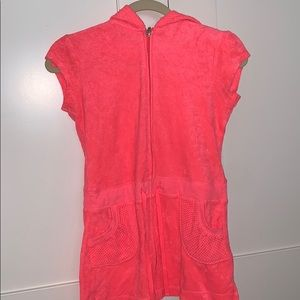 Coral coverup in great condition. From justice.